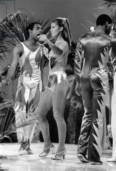 "French Singer Sheila and B Devotion during TV Programme ""Numero Un"" June 23, 1978 (b/w photo)"