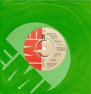 00 1977 IRLANDE 1